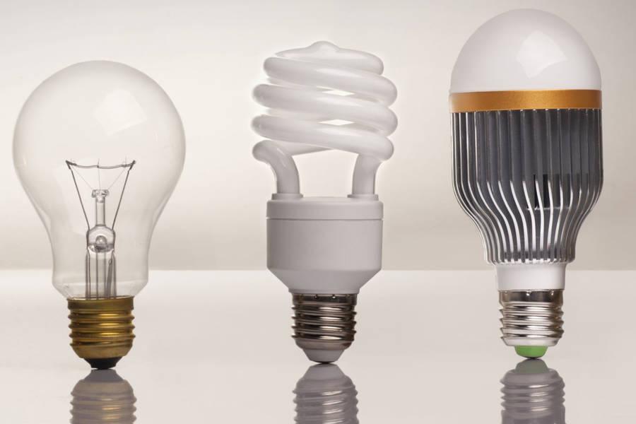 Beliebt E14, E27 und Co: Welcher Sockel passt in die Lampe?: intelligent MO74